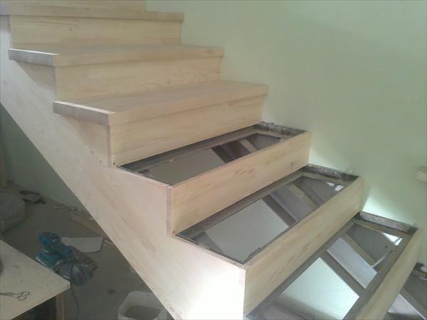 Отделка железной лестницы деревом своими руками